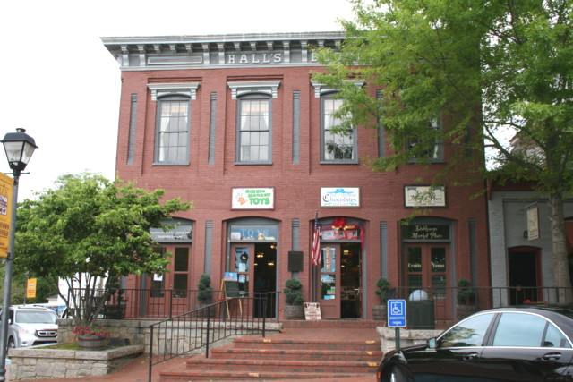 Commercial for lease Downtown Dahlonega